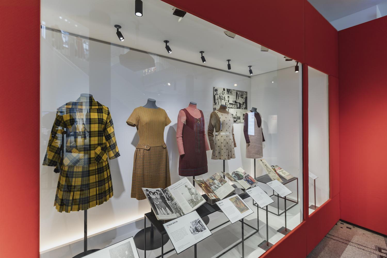 V&A_Mary Quant exhibition (7).JPG