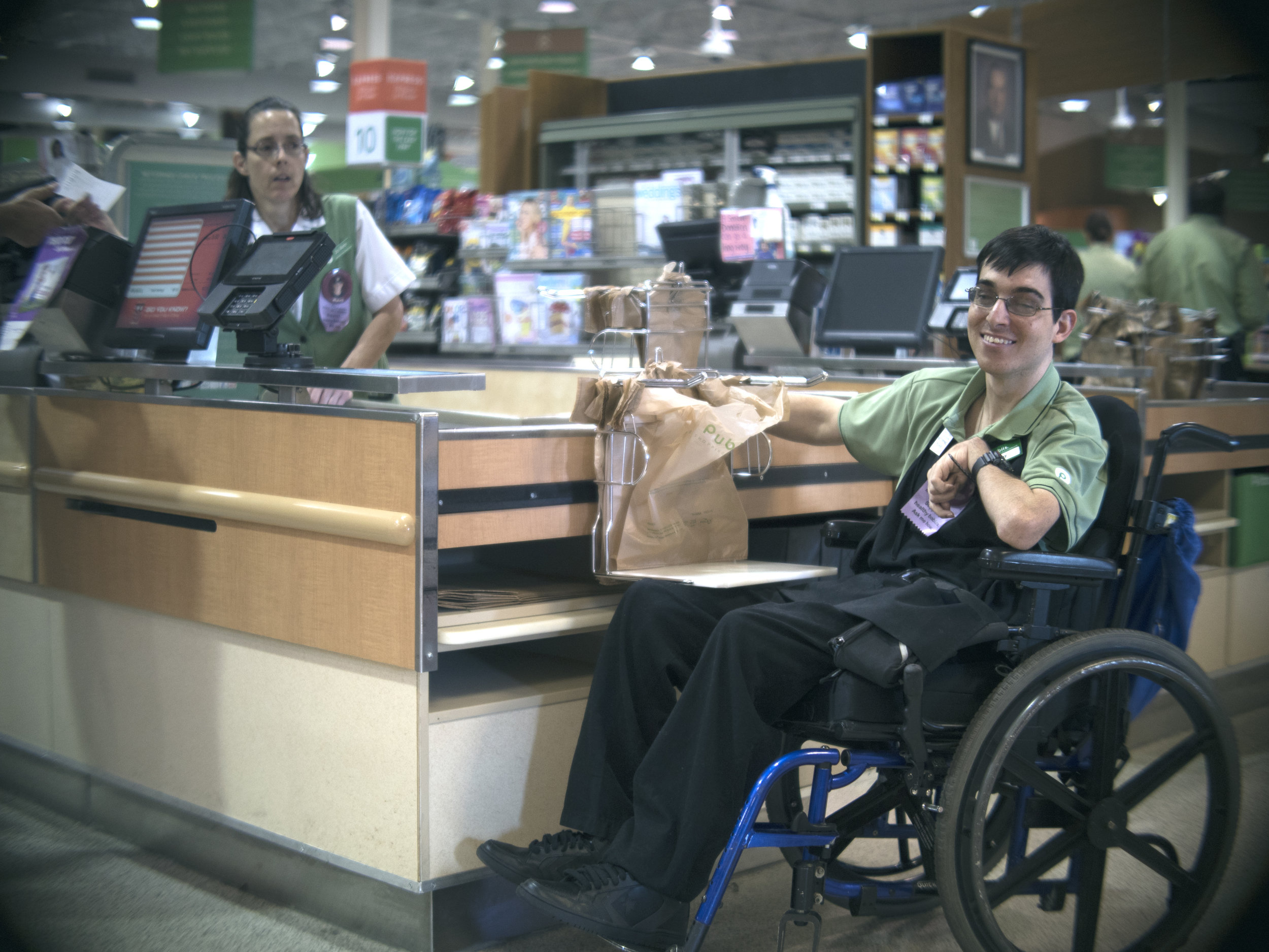 Corey '15 is providing customer support at Publix.