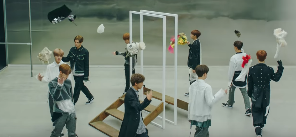 NR_NCT127_BODY02_ALIGN_RIGHT.PNG