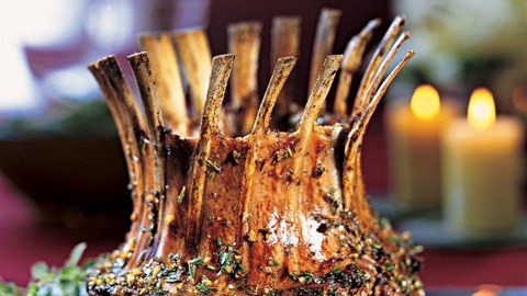 mare_crown_roast_of_lamb_with_rosemary_and_oregano_h.jpg