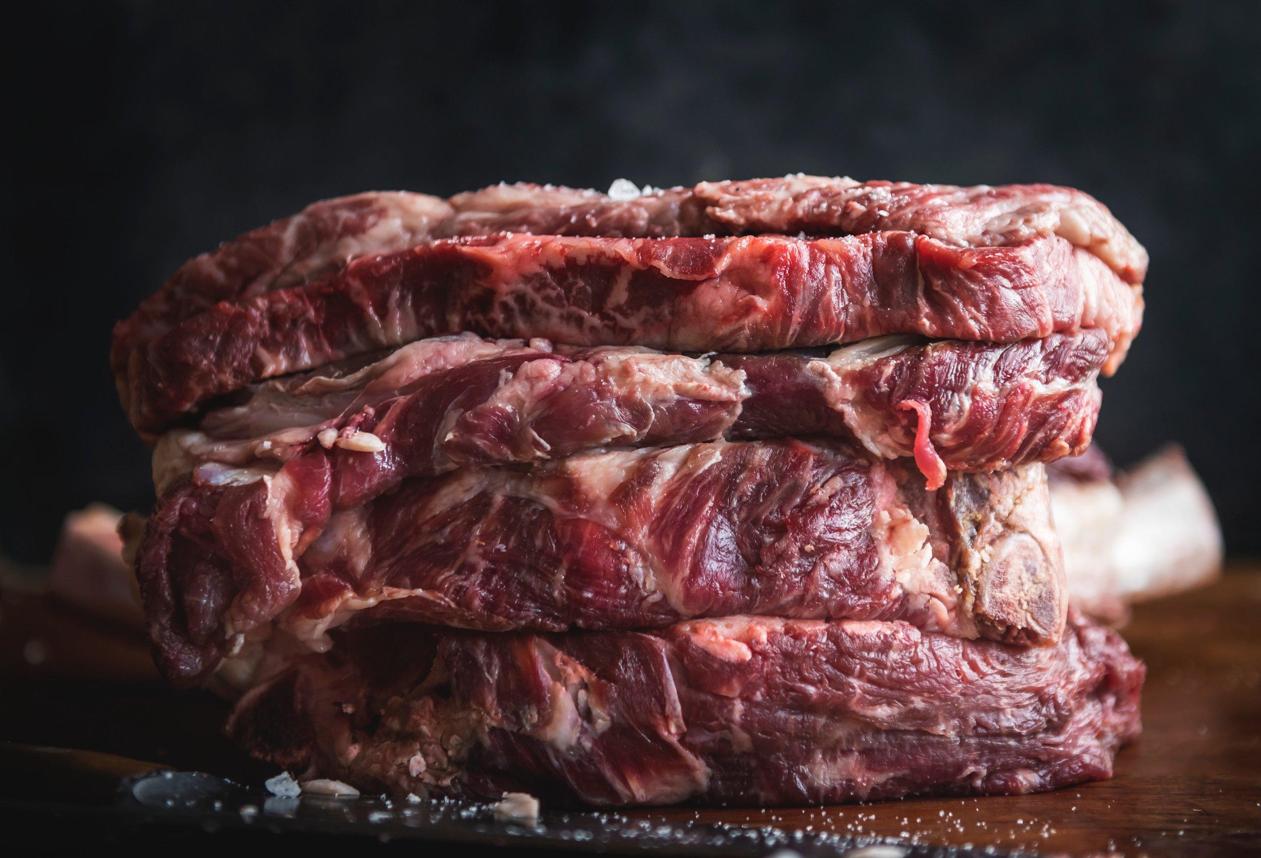 beef-beef-chuck-beef-steak-1539684_FREE_rawpixels.jpg