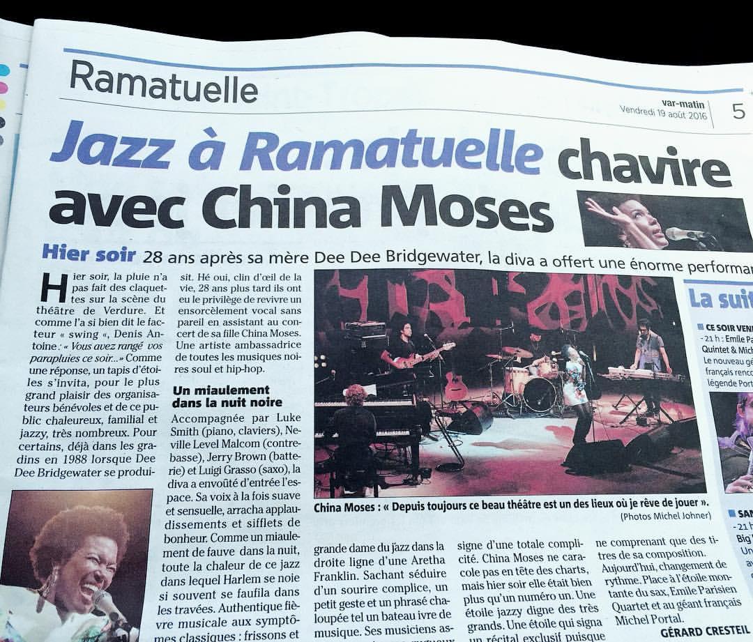 #presstalk #aboutlastnight #jazzaramatuelle #singerontheroad #france #theygotthenamesofthemusicianswrongagain