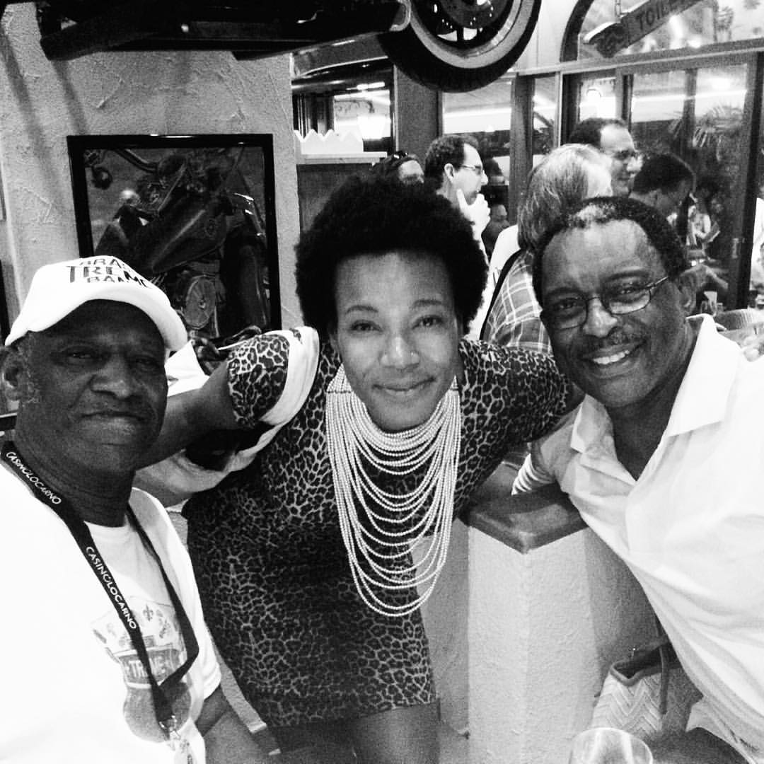 And then you end up meeting New Orleans rhythmic royalty.😍🔥💥🙌🏾 #BennyJones #HerlinRiley  #neworleansisinthismf #geeked  (at Papa Joe's)