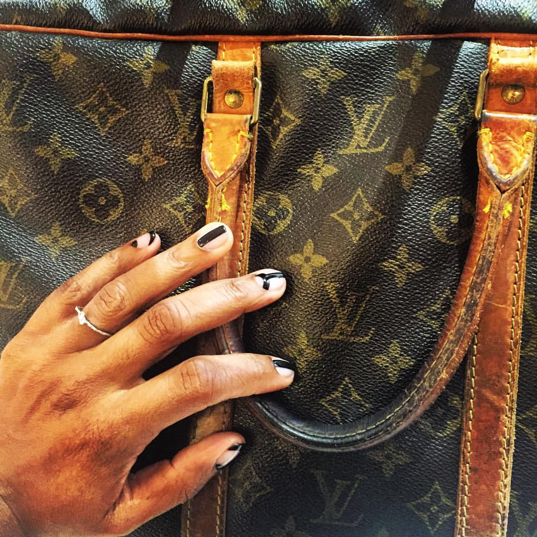 Old school #lv briefcase bag (thank you mom) vs new school #nailart by @thisisvenice #prints #shapes #nailart #lines