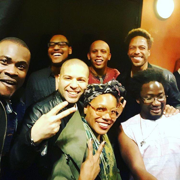 Just one of the guys. 🙌🏾😎🖖🏾💗#backstage  #marcusmiller In great company. The musicianship level was high last night! #CherifSoumano #BrettWilliams #AlexHan #AlexBailey #GaryDourdan  #AdamaBilorou (à L'Olympia)