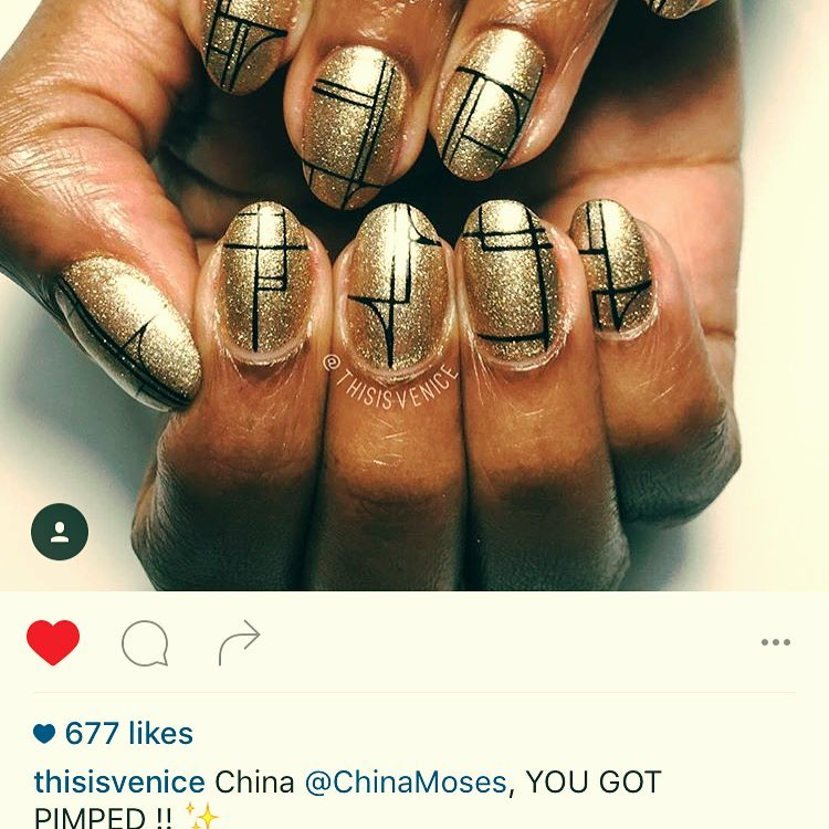 For my album cover photoshoot with #sylvainnorget, @thisisvenice figured that we should do a geometric #jamesbond girl #goldfinger #nailart! 💅🏾#nailartparis #pimpmynails #thisisvenice #handdrawn