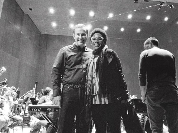 Don't ask me how a guy from Iowa and a chick from California ended up in #bilbao… such and honor to work with #ErikNielsen chief conductor of the #Bos #orquestasinfonicadebilbao #spain #singerontheroad #365jazzbilbao  (à Euskalduna Jauregia / Palacio Euskalduna)