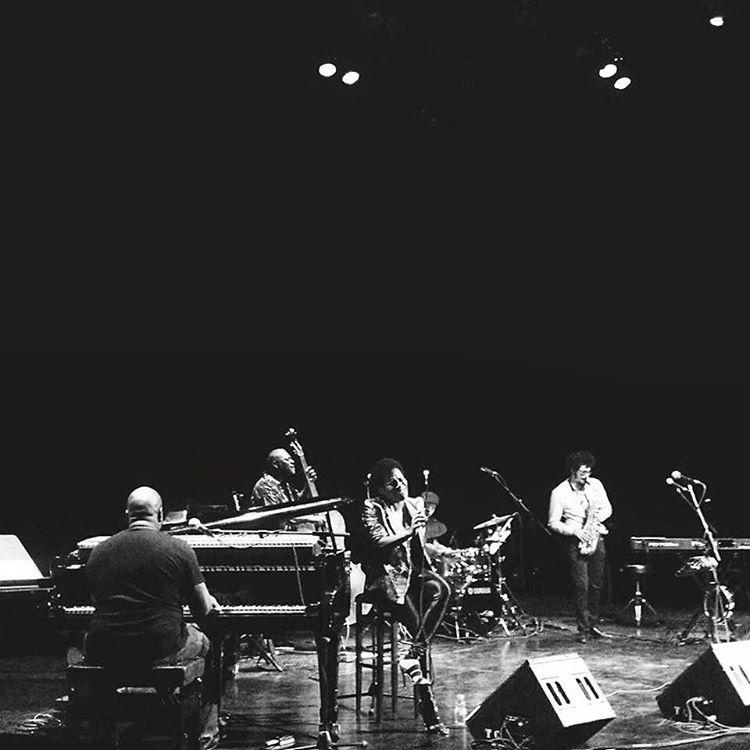 About last night #onstage 📷 @planbmusic_ #Malaga #spain #andalusia #singerontheroad @lukesmithmusic @thereallevelneville #marijusaleska #luigigrasso  (à Teatro Cervantes de Málaga)