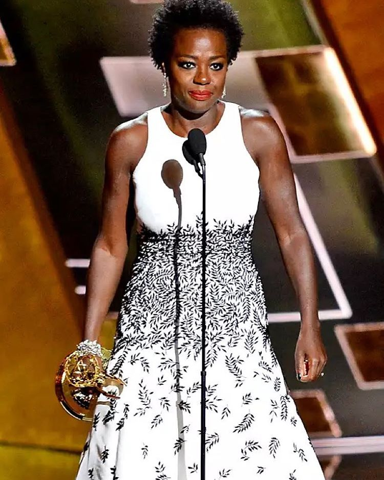 "@violadavis #wcw ""In my mind, I see a line. And over that line, I see green fields and lovely flowers and beautiful white women with their arms stretched out to me over that line, but I can't seem to get there no-how. I can't seem to get over that line.""-#harriettubman #shedonegoneandschooledhollywood #firstblackwomantowinbestactressinadramaseries #bestactress #emmys2015 #thismademefeelgood #changeispossible"