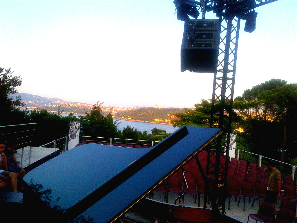 From my point of view. Istanbul Caz Festival. What a life! Thank you!!!!