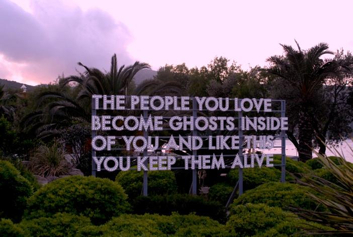 THE PEOPLE YOU LOVE…    jesuisperdu :      robert montgomery