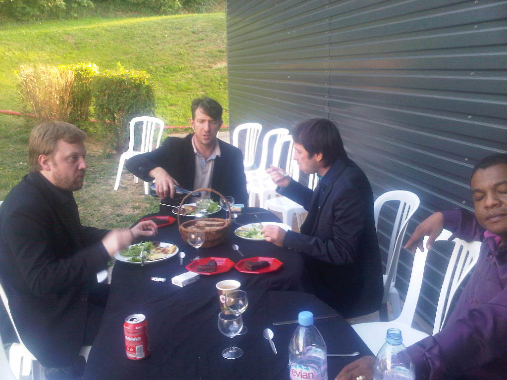 Diner avant le concert @ Francheville.