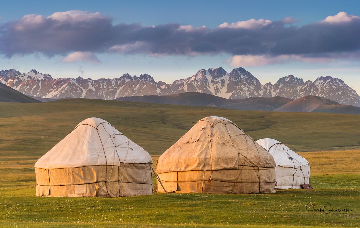 Yurts at the Song kol lake