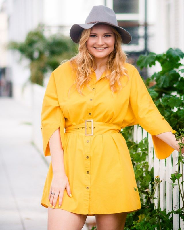 Take a what to wear tip from @caroline__maxwell  I always recommend layers or textures of some sort. This cute yellow dress is belted, and it has slits on the sleeves. Both of these add interest and texture. Top it off with a fun hat = super cute senior portrait outfit.⠀⠀⠀⠀⠀⠀⠀⠀⠀ ⠀⠀⠀⠀⠀⠀⠀⠀⠀ MUA @glamourbytiffany⠀⠀⠀⠀⠀⠀⠀⠀⠀ ⠀⠀⠀⠀⠀⠀⠀⠀⠀ #whattowearforseniorportraits ⠀⠀⠀⠀⠀⠀⠀⠀⠀ #sppwhattowear⠀⠀⠀⠀⠀⠀⠀⠀⠀ #whattowear #shawnaparksphoto ⠀⠀⠀⠀⠀⠀⠀⠀⠀ #shawnaparksseniors ⠀⠀⠀⠀⠀⠀⠀⠀⠀ #sandiegoseniorphotographer ⠀⠀⠀⠀⠀⠀⠀⠀⠀ #sandiegoseniorportraits ⠀⠀⠀⠀⠀⠀⠀⠀⠀ #sandiegoportraits⠀⠀⠀⠀⠀⠀⠀⠀⠀ #seniorphotos ⠀⠀⠀⠀⠀⠀⠀⠀⠀ #graduationphotos⠀⠀⠀⠀⠀⠀⠀⠀⠀ #highschoolseniorportraits ⠀⠀⠀⠀⠀⠀⠀⠀⠀ #seniorpics ⠀⠀⠀⠀⠀⠀⠀⠀⠀ #schoolportraits⠀⠀⠀⠀⠀⠀⠀⠀⠀ #seniorexperience⠀⠀⠀⠀⠀⠀⠀⠀⠀ #youryear ⠀⠀⠀⠀⠀⠀⠀⠀⠀ #seniormemories⠀⠀⠀⠀⠀⠀⠀⠀⠀ #society12⠀⠀⠀⠀⠀⠀⠀⠀⠀ #senioryear ⠀⠀⠀⠀⠀⠀⠀⠀⠀ #seniorinspire⠀⠀⠀⠀⠀⠀⠀⠀⠀ #senioryearmagazine⠀⠀⠀⠀⠀⠀⠀⠀⠀ #seniorstyleguide⠀⠀⠀⠀⠀⠀⠀⠀⠀ #seniormodelmagazine⠀⠀⠀⠀⠀⠀⠀⠀⠀ #thetwelfthyear ⠀⠀⠀⠀⠀⠀⠀⠀⠀ #society12