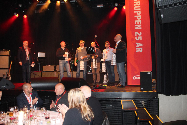 Tine, Nortura, Mack, Ringnes, Unil, og Diplomis, fikk en takk for aktiv deltagelse på våre jubileumskampanjer.