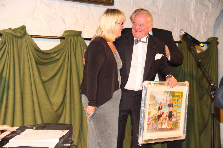 Arne fikk en velfortjent 25-års jubileumsgave