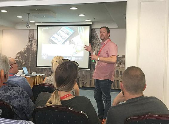 Bjarne Mosås, forteller om utviklingen og den eventyrlige veksten til Bodø bakeri.