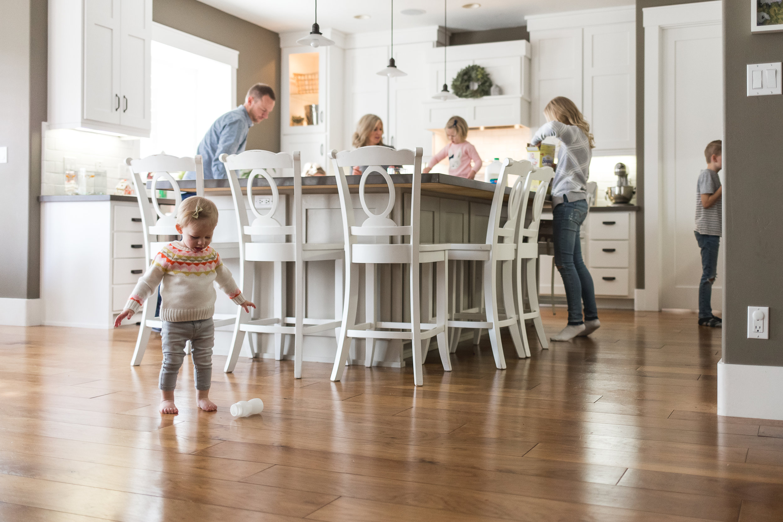 In-home lifestyle session at Christmas ~ 5 kids, bed jumping, snuggling {Highland Utah photographer}