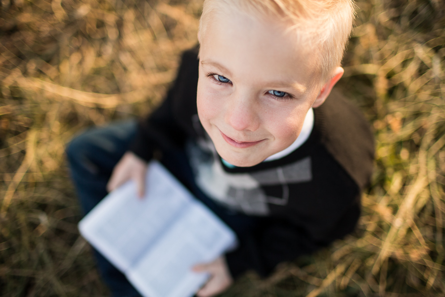 Sibling lifestyle sunset session ~ little brother and sisters + mom {Utah county family photographer}