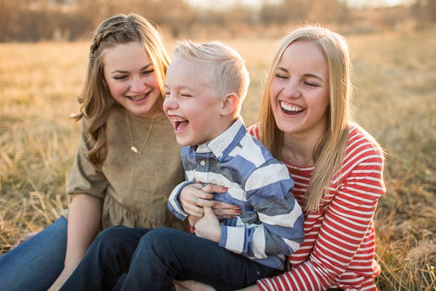 Sibling family sunset session {Utah lifestyle photographer}