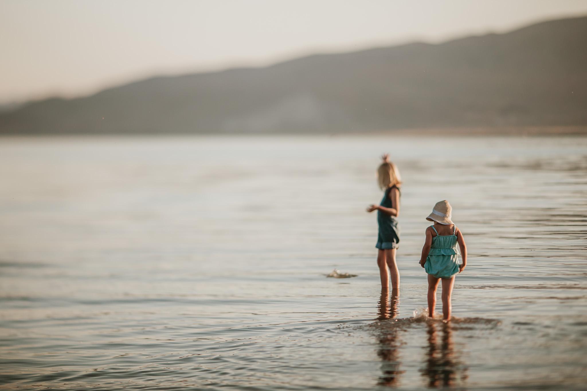 Blog Lake Girls-12.jpg