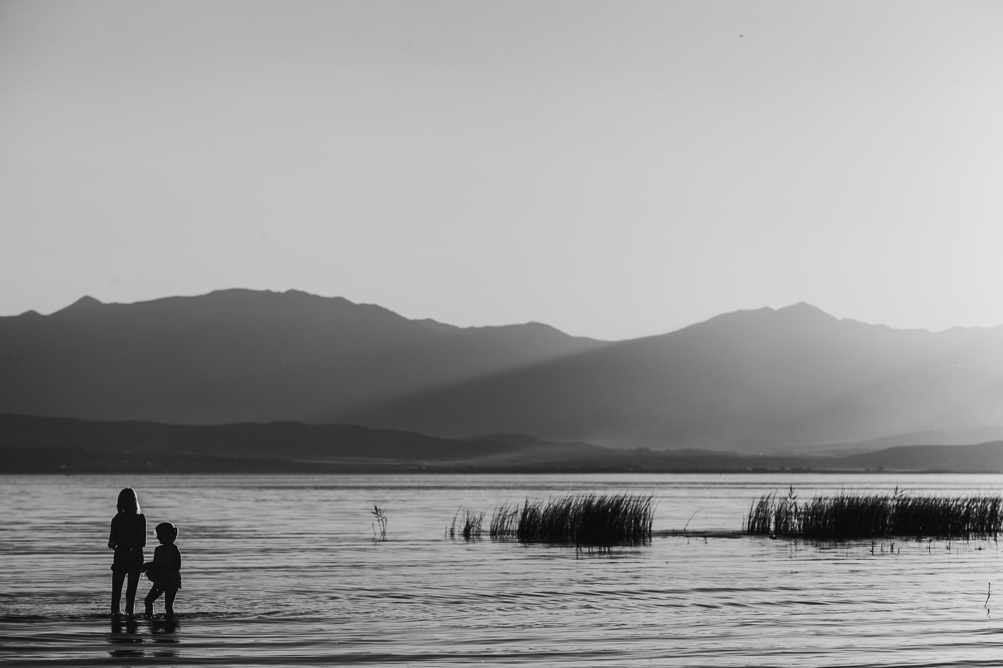 Blog Lake Girls-16.jpg