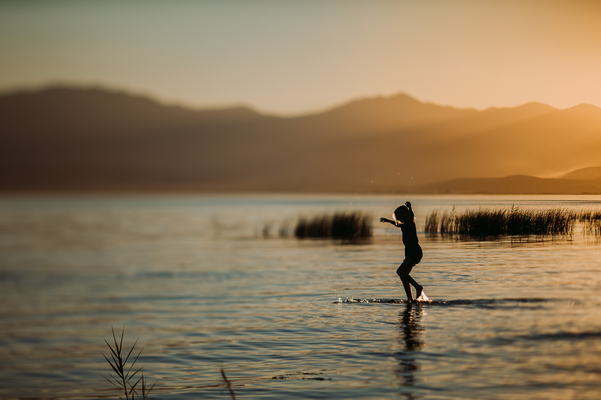 Blog Lake Girls-21.jpg