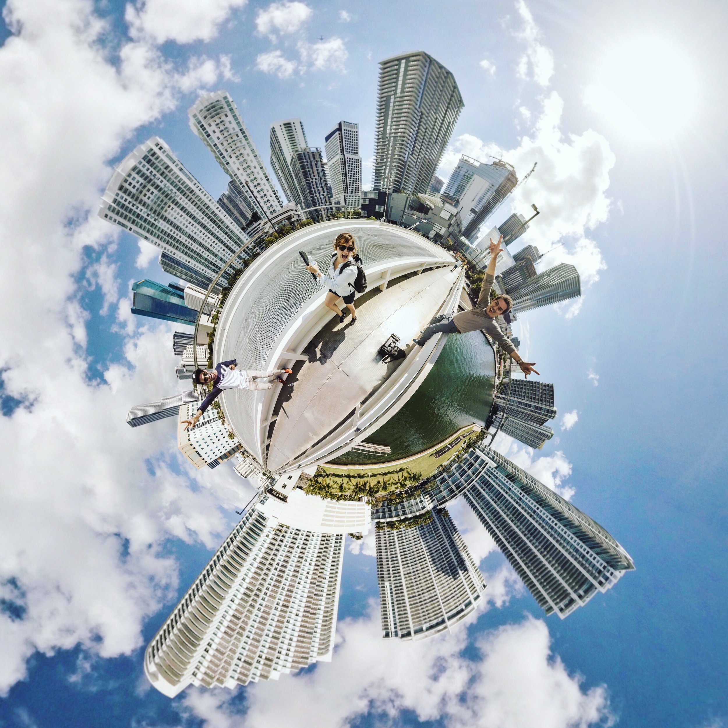 Imagen 360° de miembros de  Founder Institute South Florida   y  Puntilla Films .