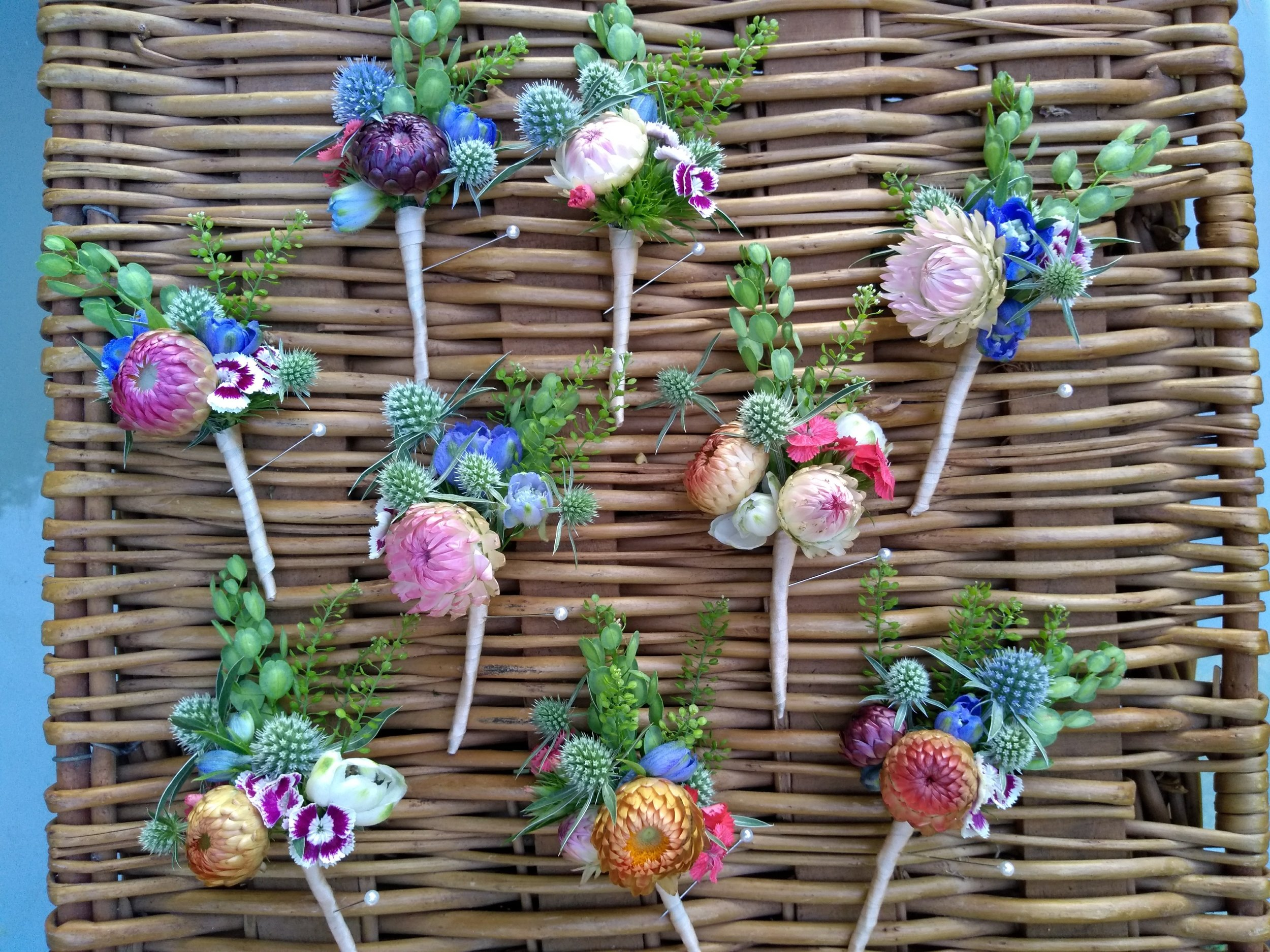 strawflower boutonnieres