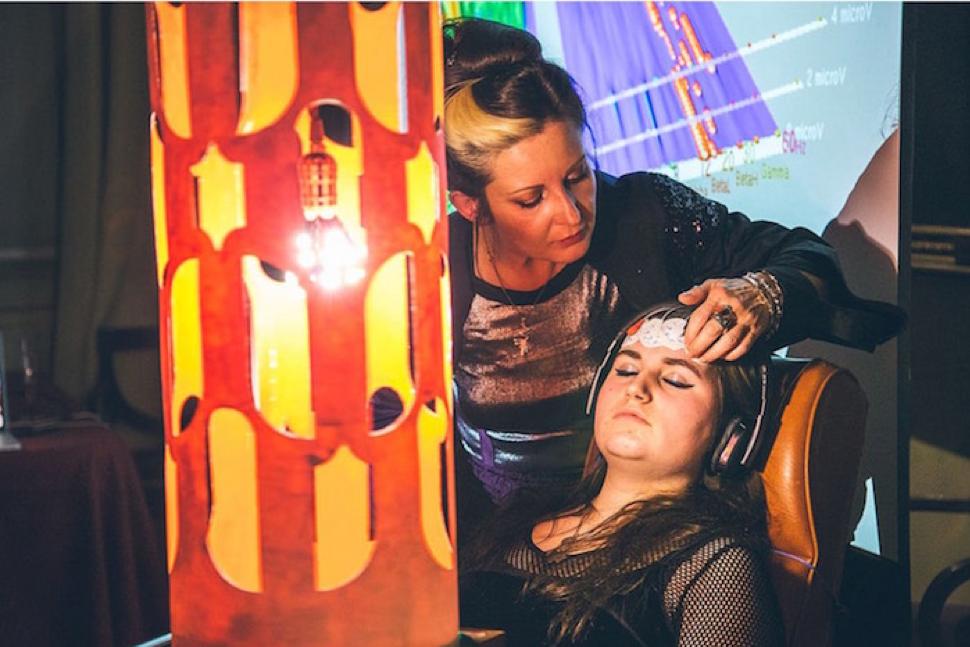 Courtesy of Creators |https://creators.vice.com/en_us/article/bmyq43/brainwave-artists-immersive-experiences