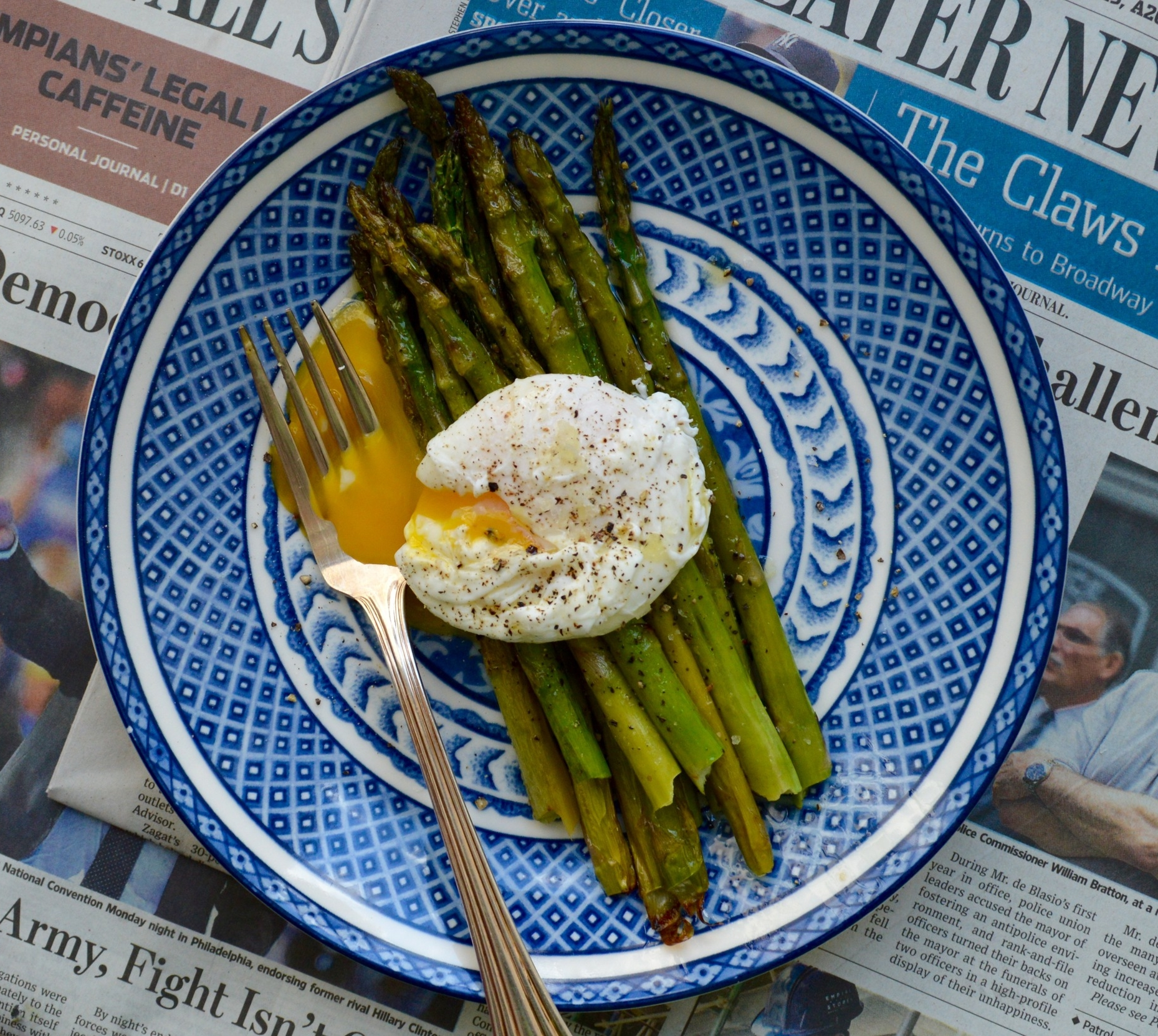 Roast asparagus with a runny poached egg