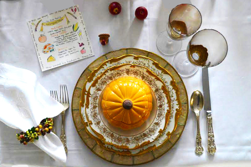 Pumpkin soup bowls and other accessories