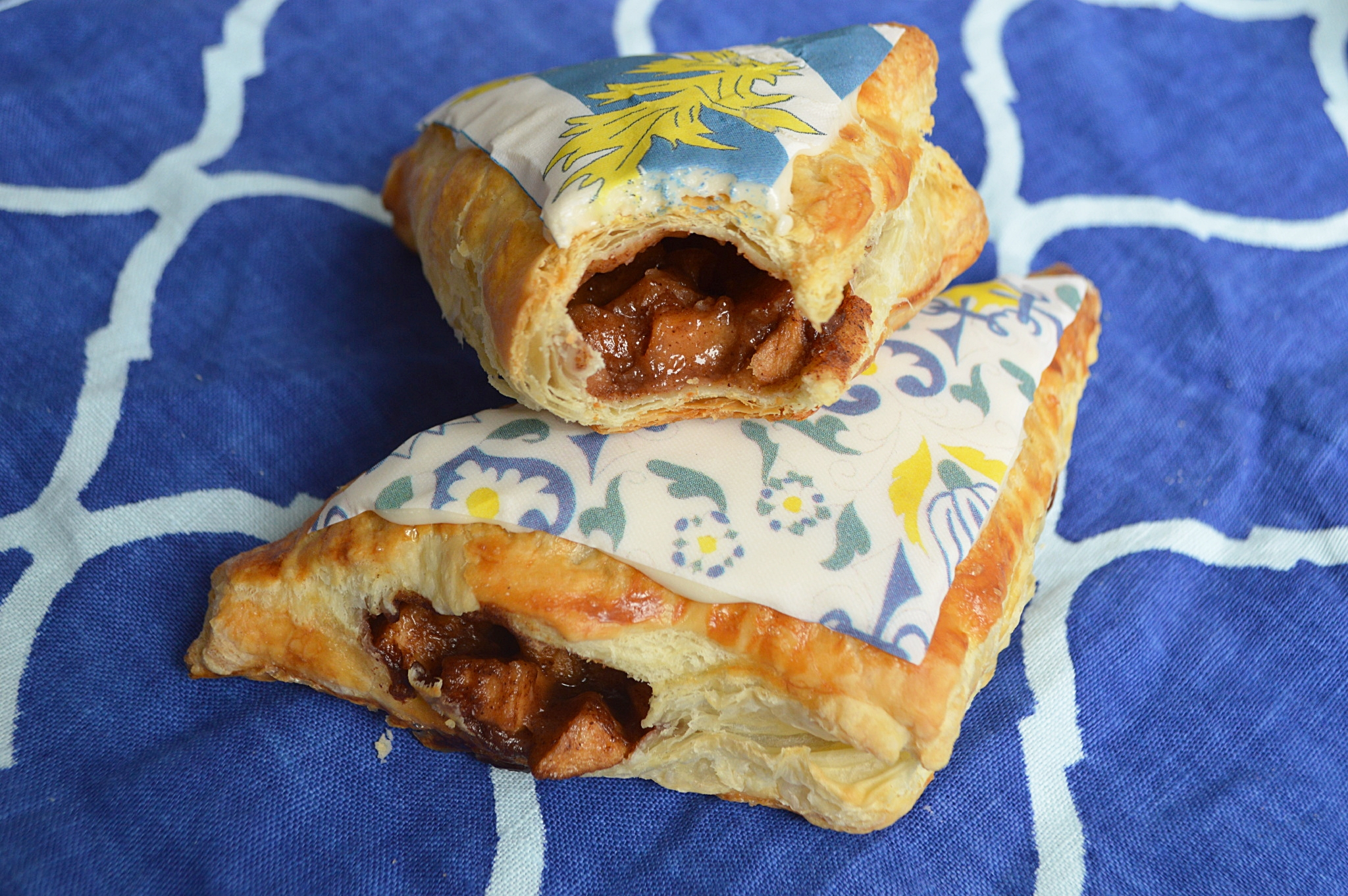 Apple turnovers with  St. Malo Chefanie Sheets  and  Amsterdam Chefanie Sheets .