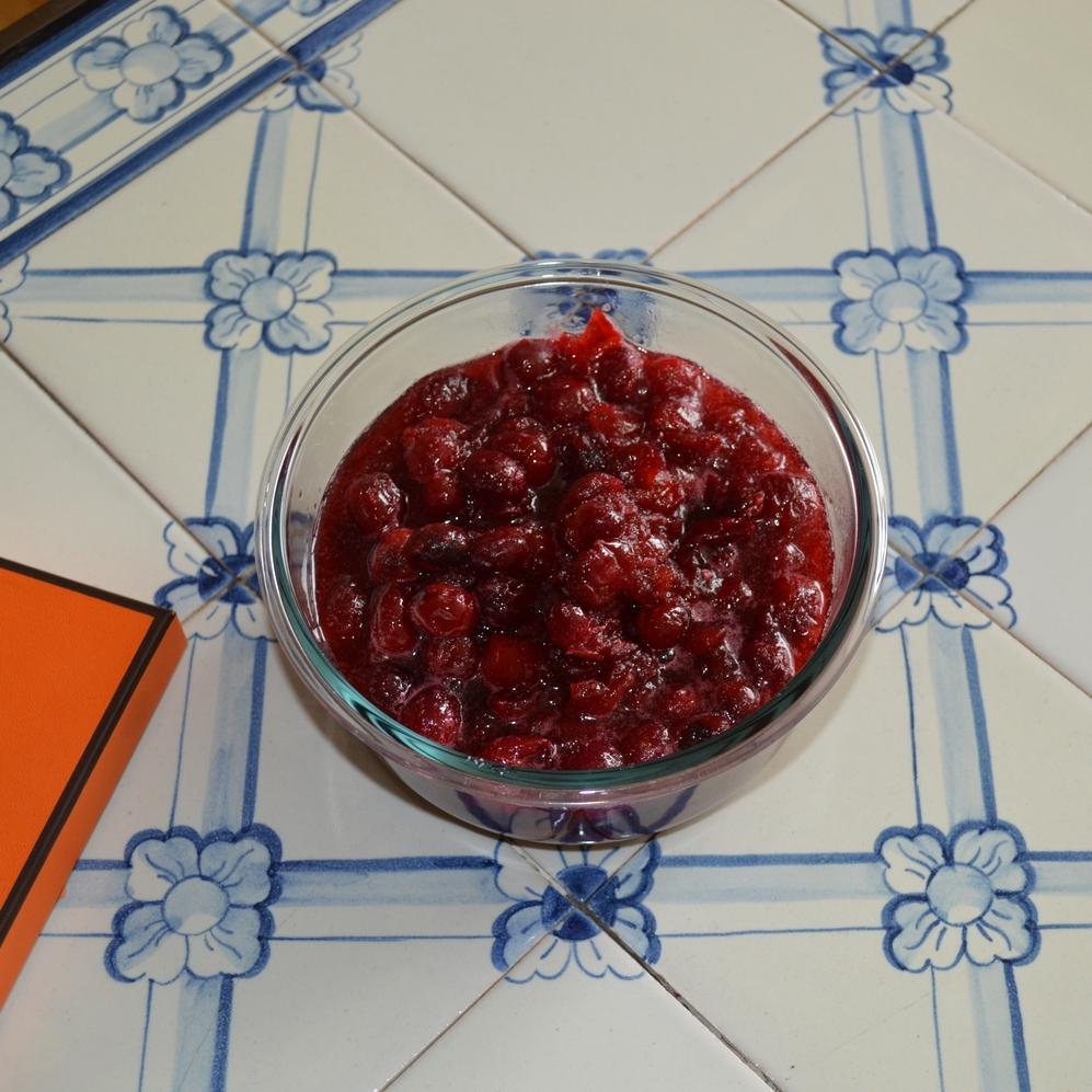 apple cider cranberry sauce