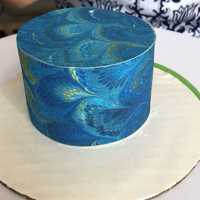 A piece of cake! In seconds, transform your cake with Firenze #ChefanieSheets. #Vegan, #glutenfree, and #shelfstable. Order at Chefanie.com/shop  The pattern is inspired by Florentine marbleized paper.