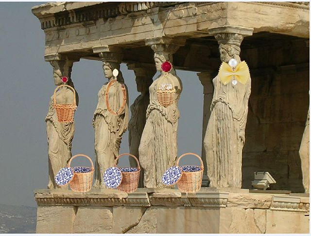 Current mood 🏛⚱️🏺🧺🤩#SummerInGreece #Caryatids #Timeless #ChefanieAccessories  Chefanie.com/accessories
