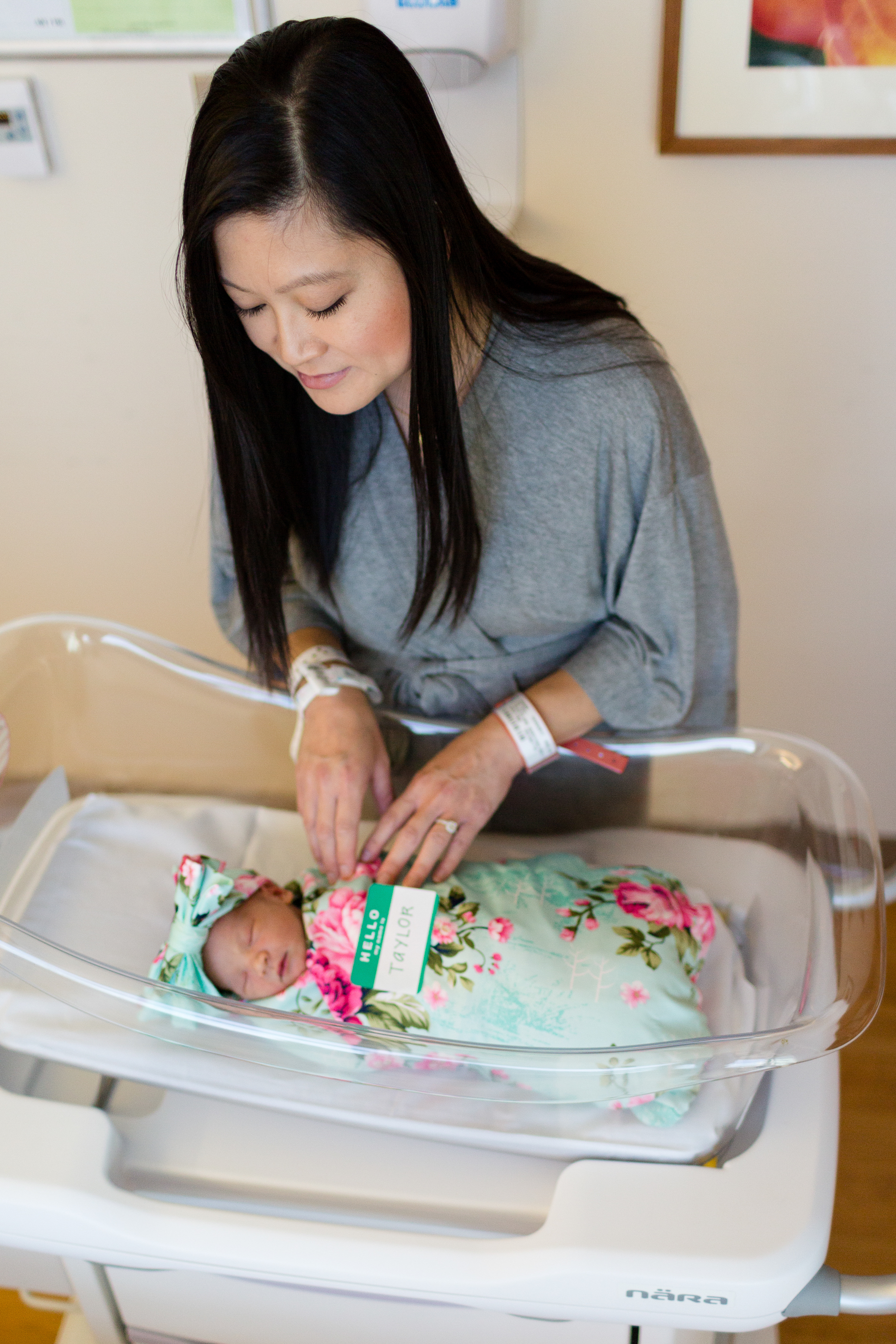 San Diego Newborn Photographer Fresh 48 Mary Birch Hospital for Women and Children Christine Dammann Photography WS-12.jpg