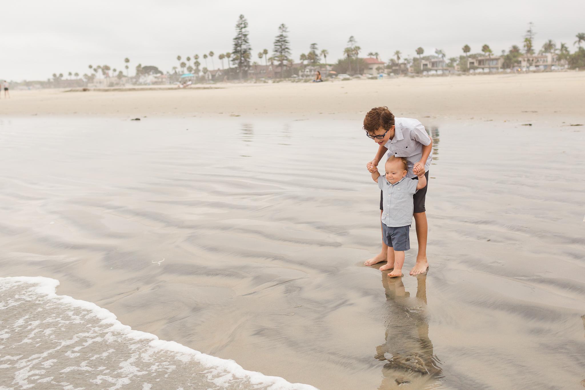 Coronado-Family-Photographer-Vacation-Photos-WS-19.jpg