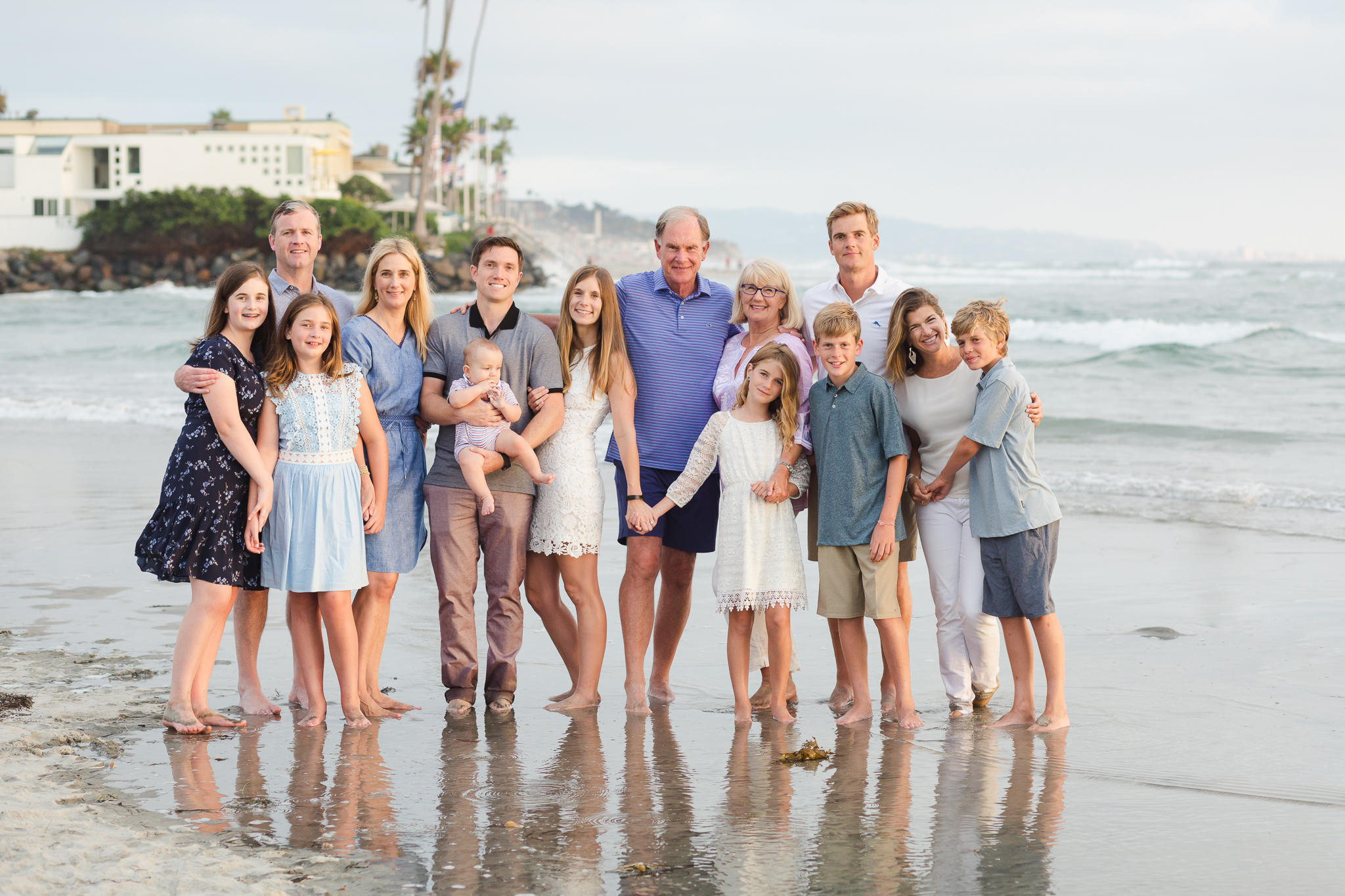 Extended family photography in Del Mar, CA while on vacation in San Diego.