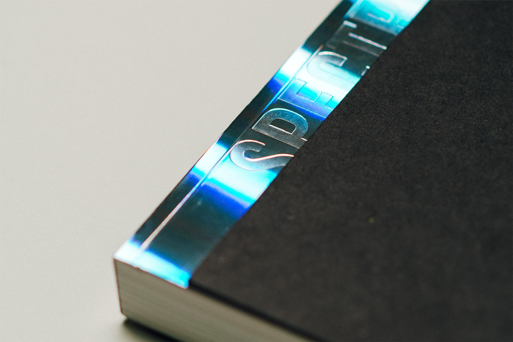 Spectrum - Cover Detail