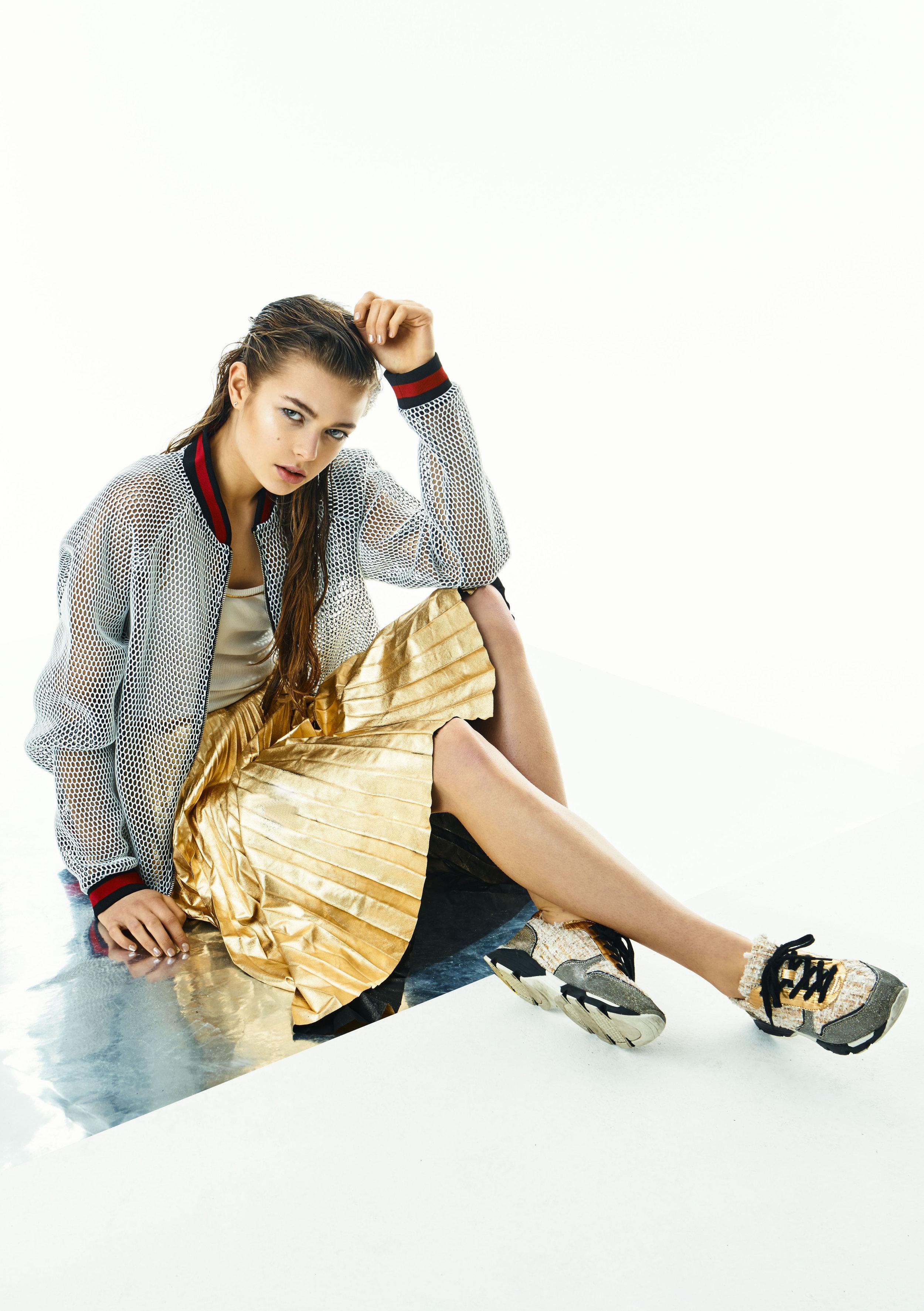 Top,Stine Goya; jacket,Apso; skirt,Privada; shoes,Bullboxer