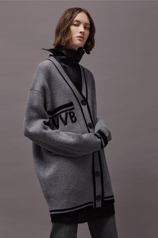Victoria Victoria Beckham Fall 2017 7.jpg