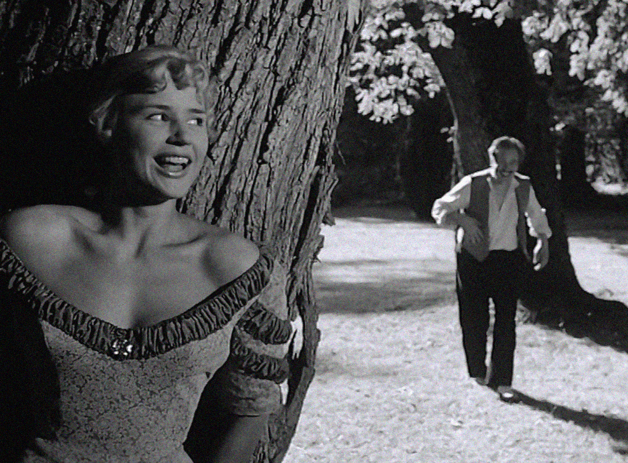 Smiles of A Summer Night(1955) -