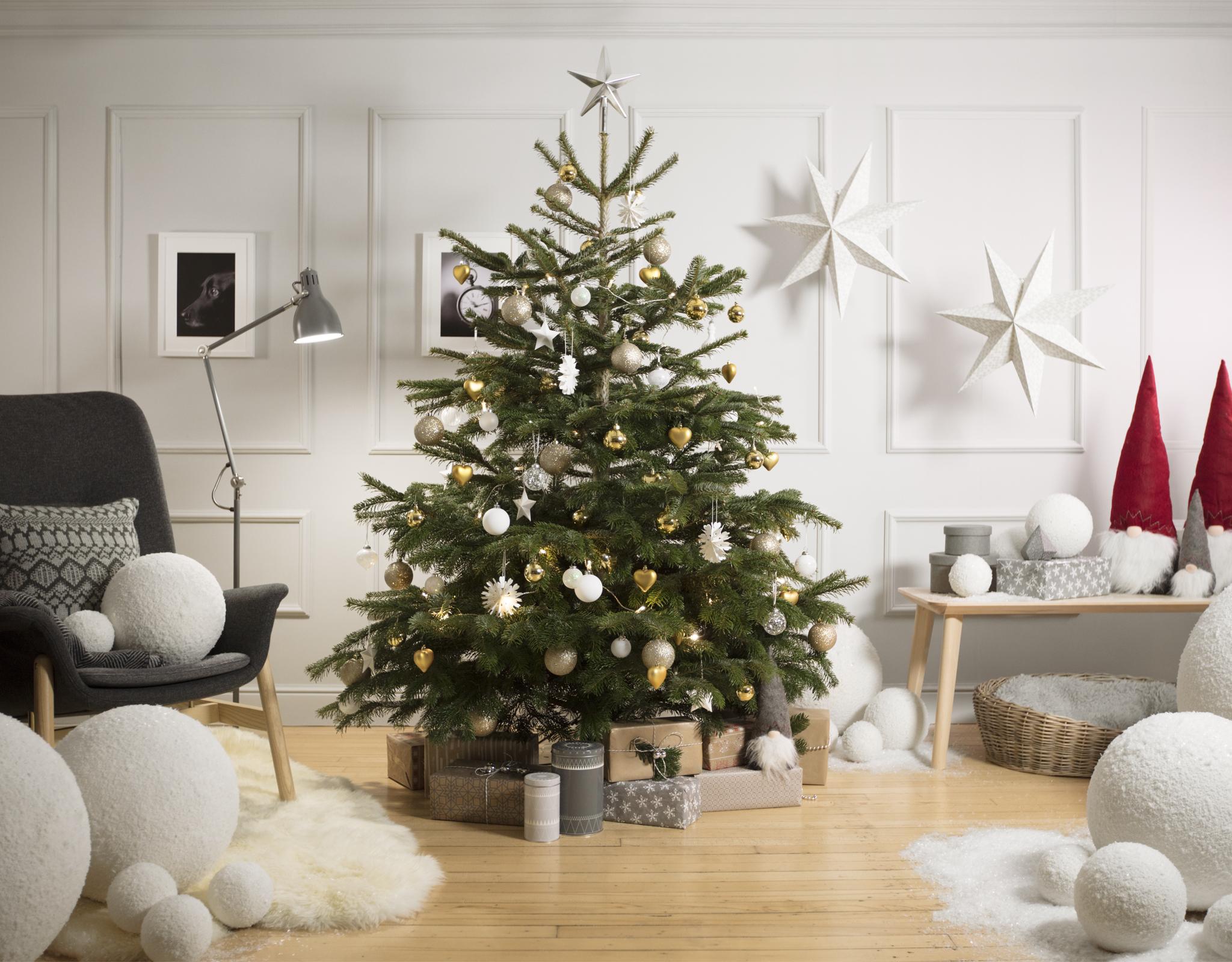 IKEA-xmas.jpg