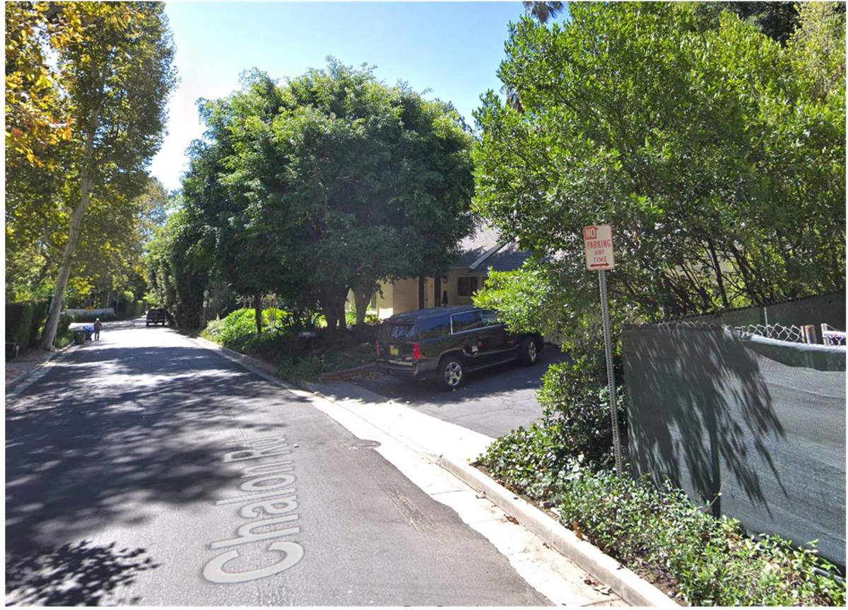 10891 Chalon Rd - parking signs removed.jpg