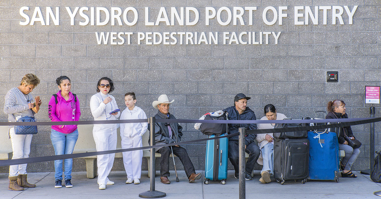San-Ysidro-border-crossing-pedestrians.jpg