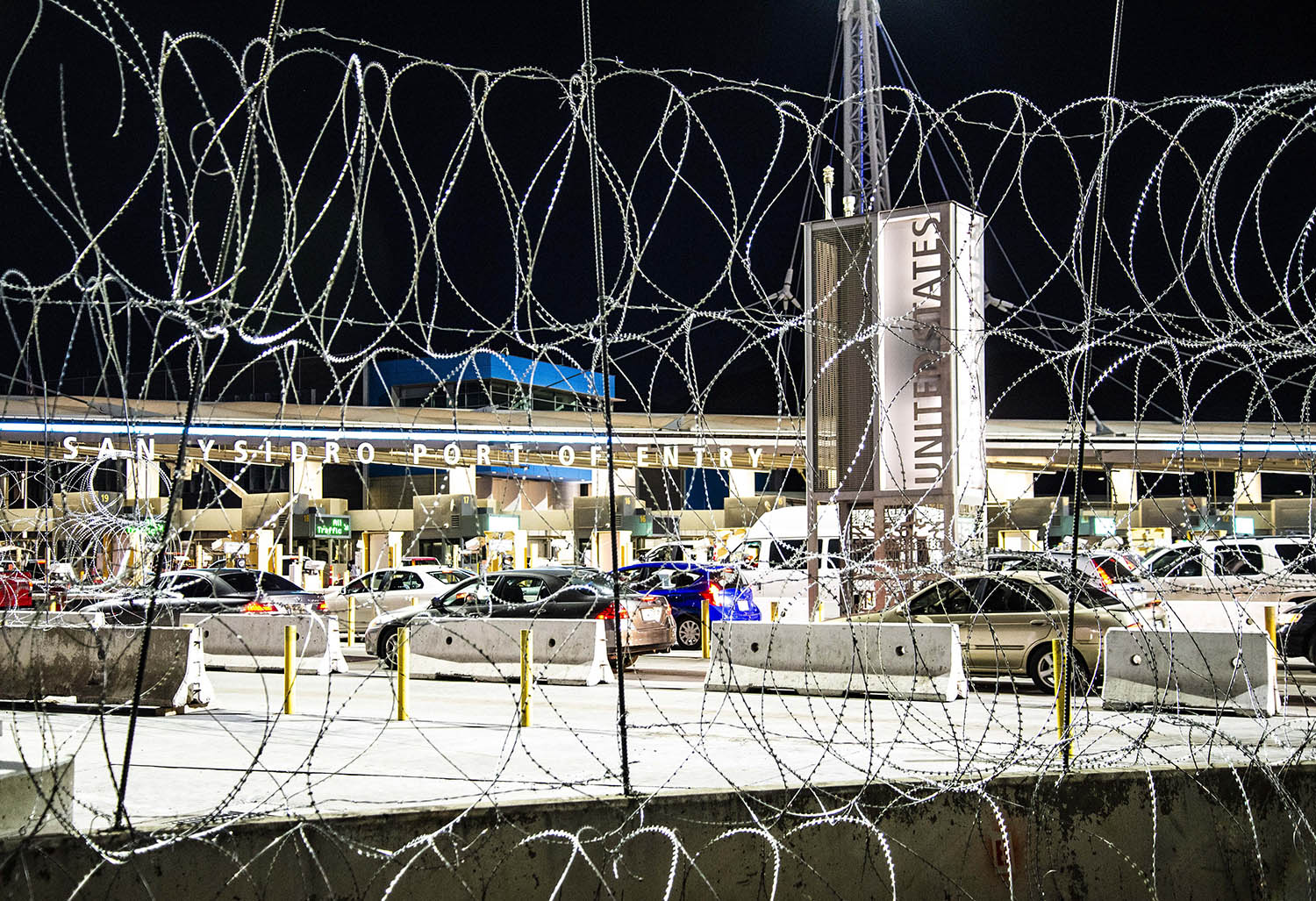 San-Ysidro-Border-USA-Mexico-night-barbed-wire.jpg