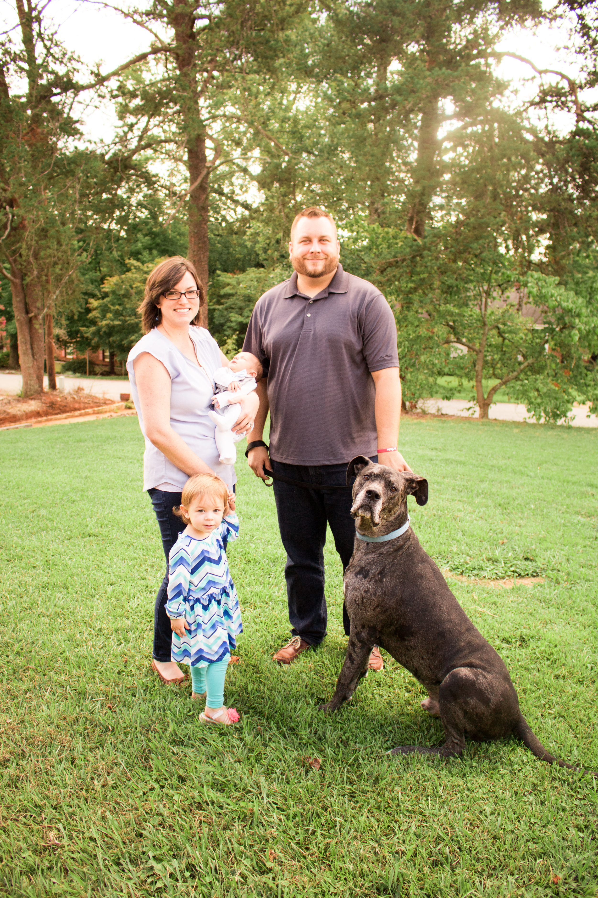 I will always be an advocate of letting the family dog into the pictures. :)