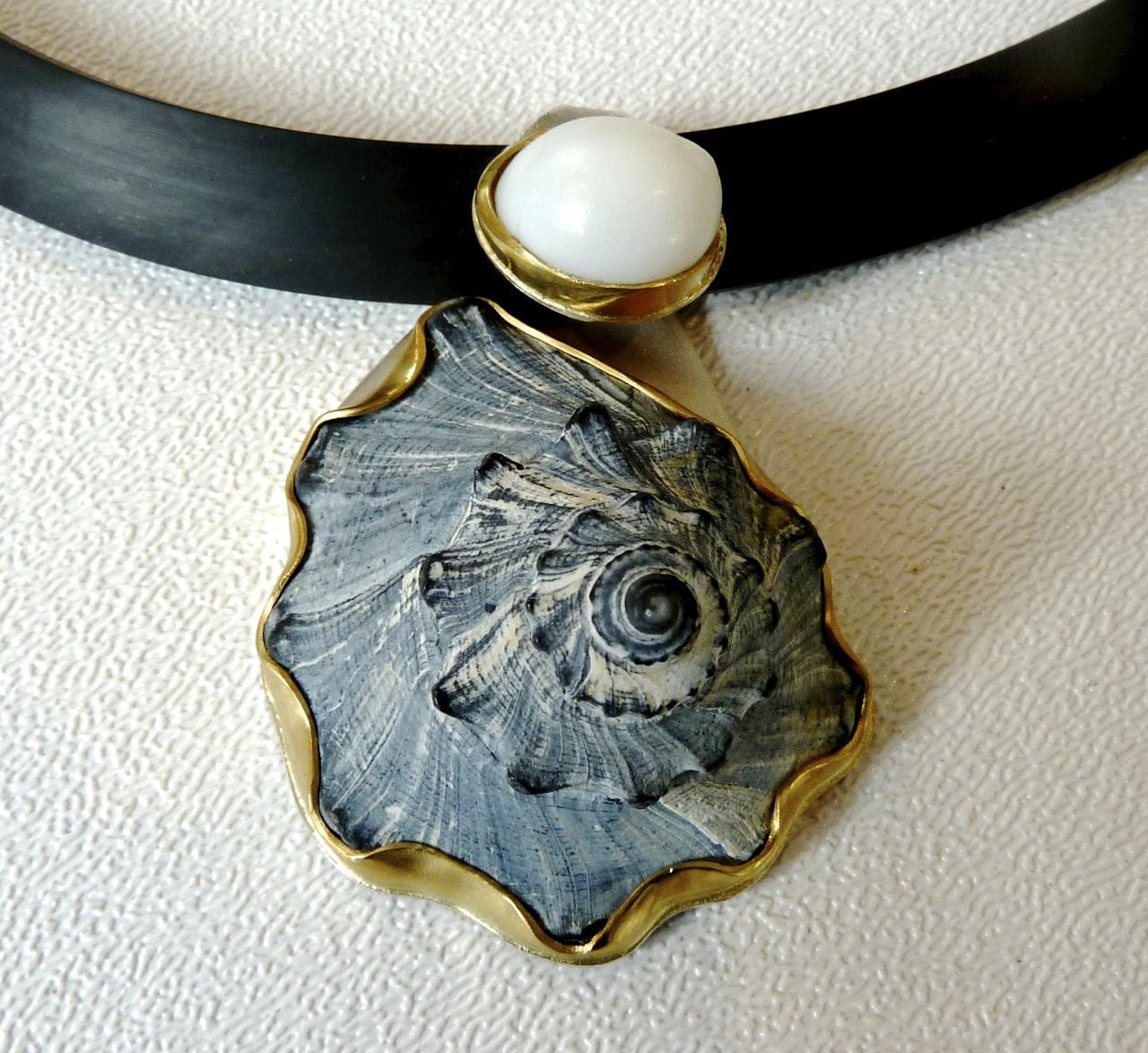 Pendant-22k,S-S, moon shell and grey beach shell.jpg