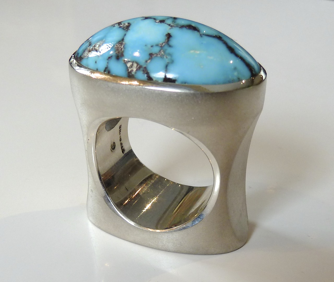 Ring,Turquoise Cabochon,Pal.silver, Bear claw.jpg